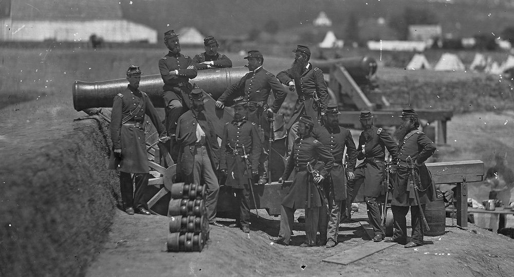 US Civil War - Officers of the 69th New York Volunteer Regiment pose with a cannon at Fort Corcoran in 1861. (Col. Michael Corcoran at far left) - Jecinci 2.jpg