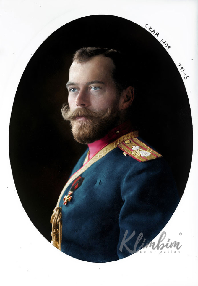 Tsar Nicholas II in the uniform of the Life-Guards 4th The Imperial Family's Rifle Regiment in 1909. Colorization by  Klimbim