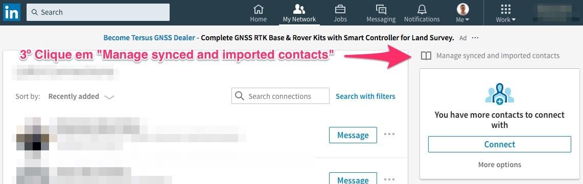 """Clique em """"Manage synced and imported contacts"""" (Gerenciar contatos importados)."""