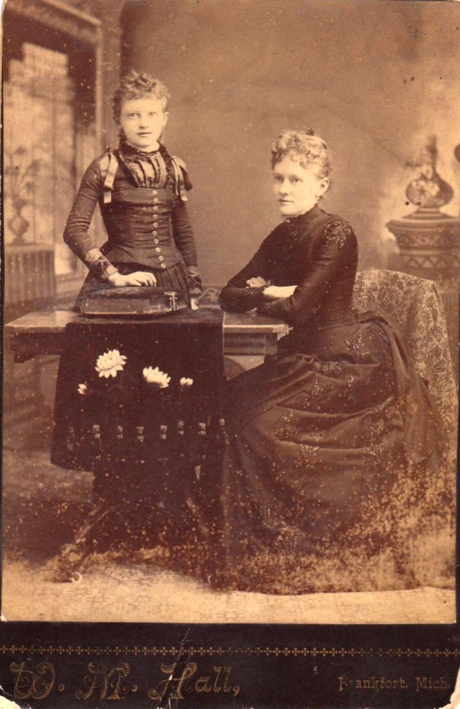 Marie Hendriksen and Sigrid Hendriksen Jeldness