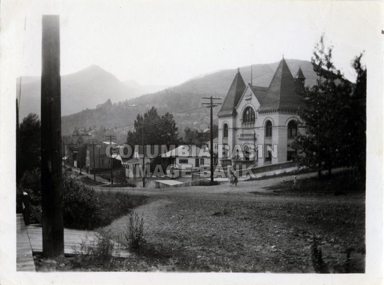 2276.0005 Rossland Court House 1927
