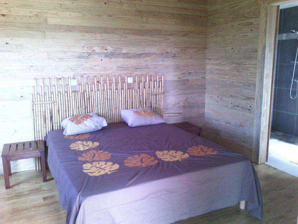 la-table-du-banian-chambre-lit-noumea-nouvelle-caledonie.nc.jpg