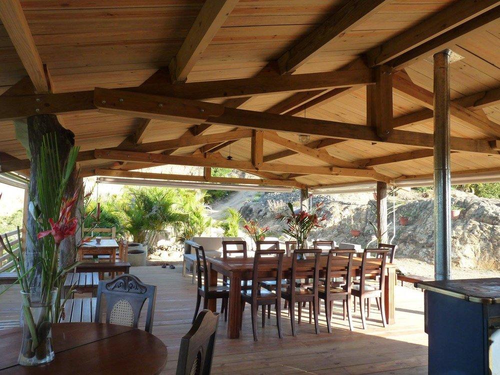 la-table-du-banian-espace-fare-noumea-nouvelle-caledonie.nc.jpg