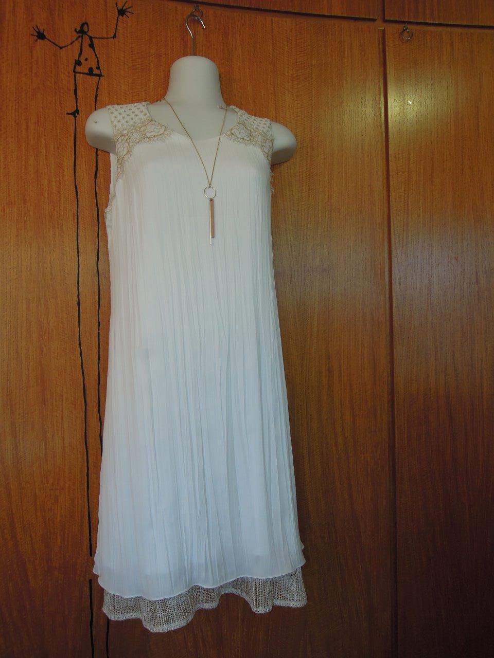 dressing-des-tendances-robe-blanche-noumea-nouvelle-caledonie.nc.jpg