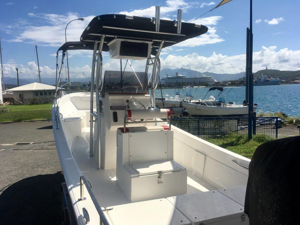 dawa-marine-bateau-pangas-noumea-nouvelle-caledonie.nc.jpg