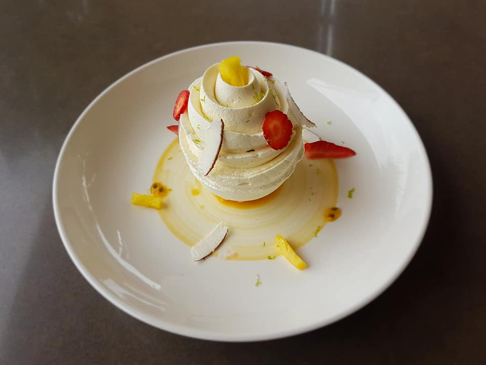 bintz-restaurant-dessert-sphere-noumea-nouvelle-caledonie.nc.jpg