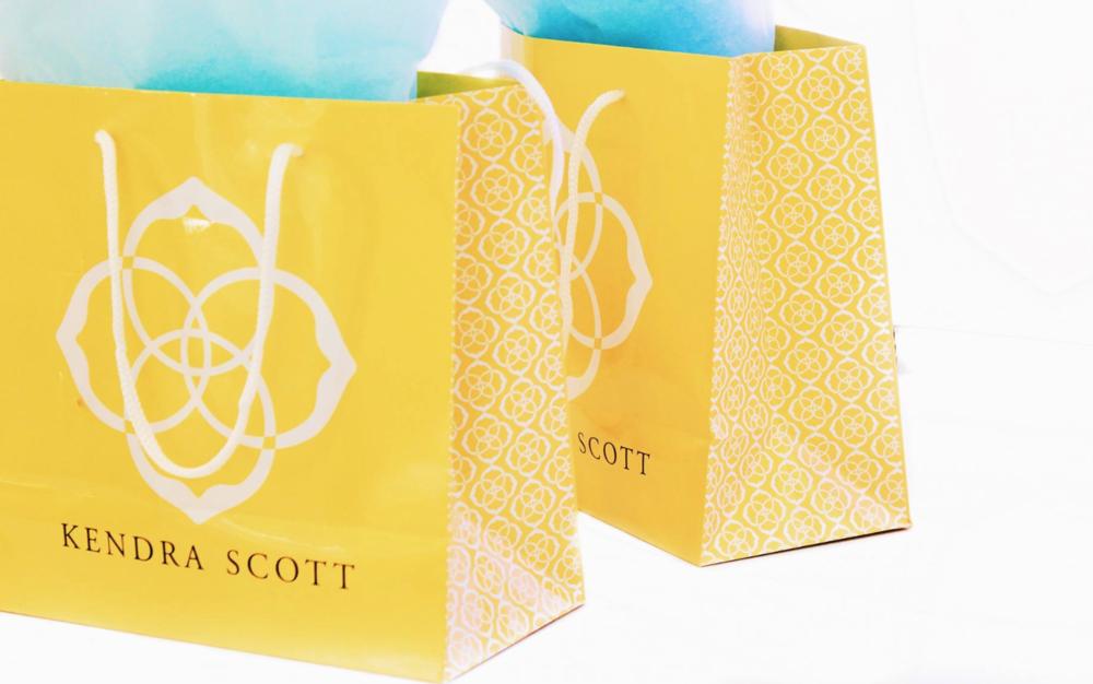 Kendra Scott- Fashion X Girls Promotional content