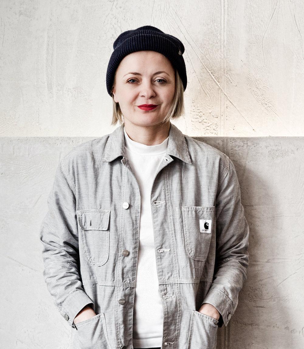 Hi, ich bin Petra Schröckeneder, und habe 'BE […] MY FRIEND' 2015 gegründet.