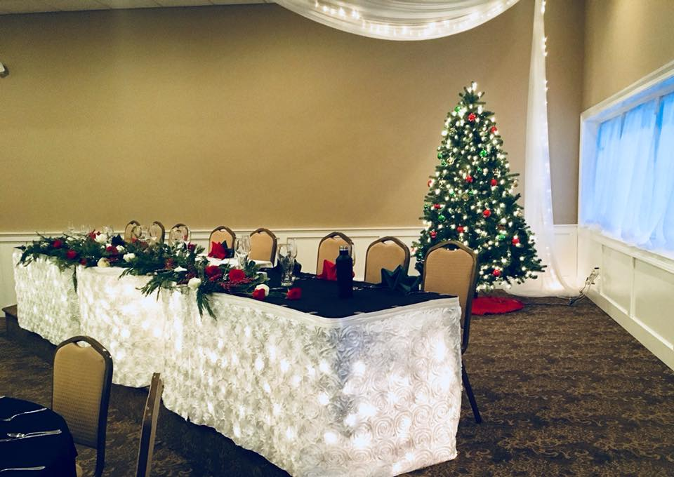HEAD TABLE XMAS.jpg