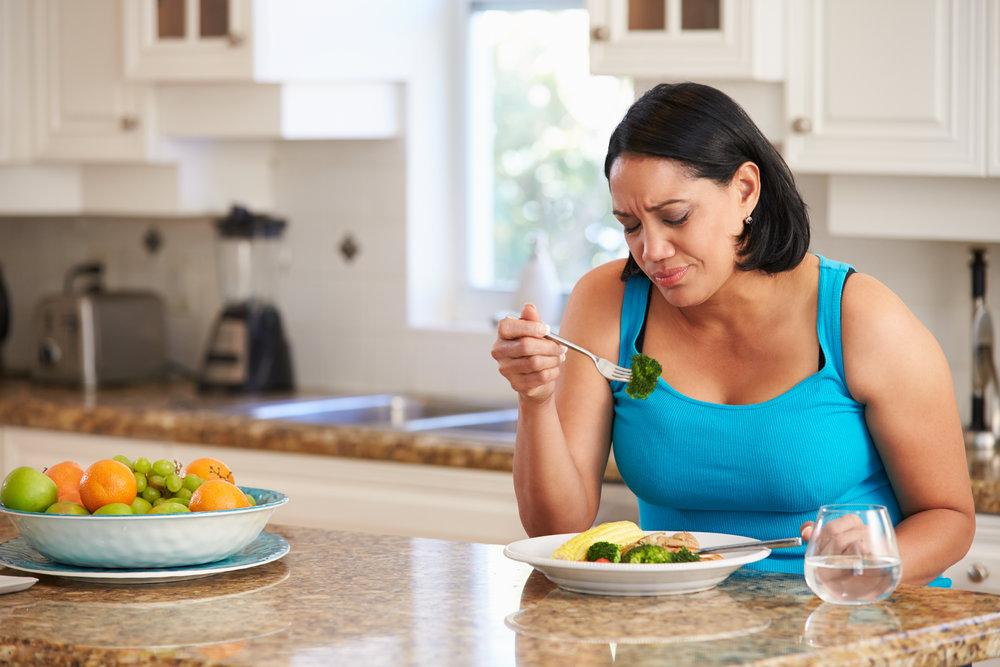 BB Image Woman Eating Low Carb.jpg