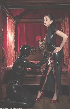 femdom-worship-london-sessions-strict-dominatrix.jpg