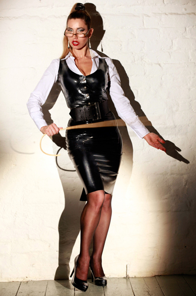 london-bdsm-dungeon-mistress-femdom-sessions-medical-fetish-play-dominatrix.jpg