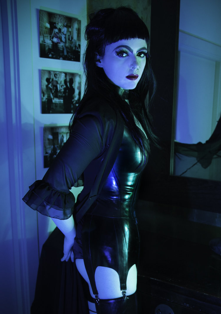 breath-control-and-orgasm-play-edging-sessions-with-london-mistress-for-male-submissives.jpg