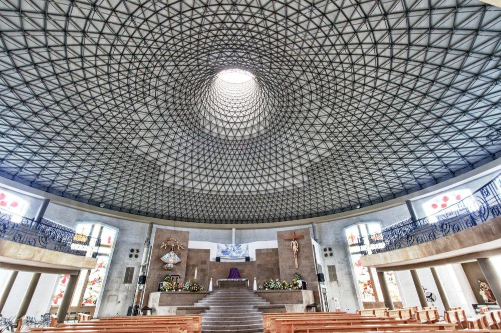 An upward spiral at the San Juan church sanctuary.