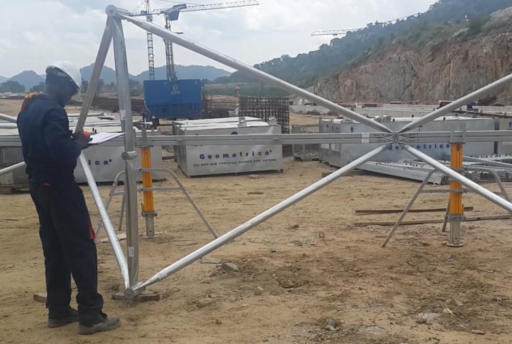 La instalación comienza en Nigeria con mano de obra de local