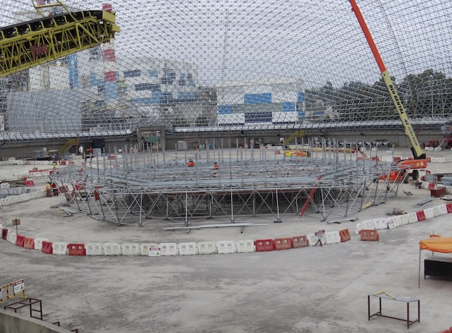 The space frame's maximum horizontal dimension is 34.3 meters (112 feet)