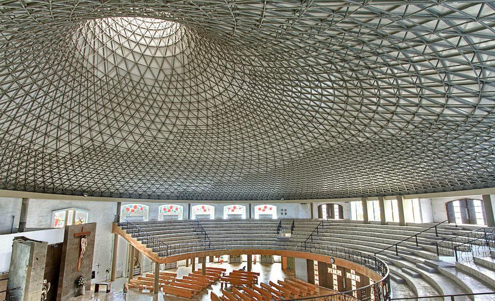 La Iglesia San Juan en México brinda fe y arquitectura juntos en una Bella sinfonía.
