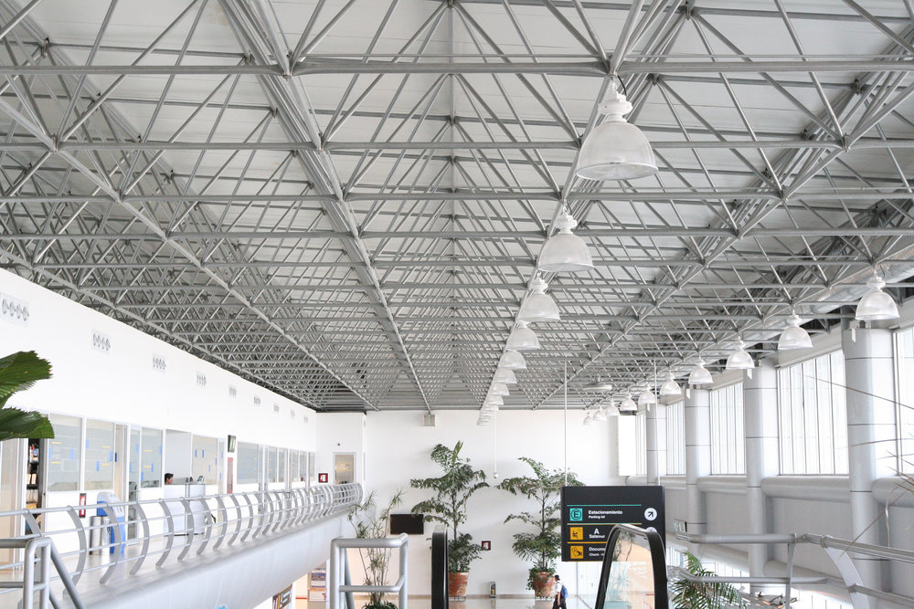 The Cuernavaca Airport exemplifies spaceframe design that helps airport travelers reach their destinations.