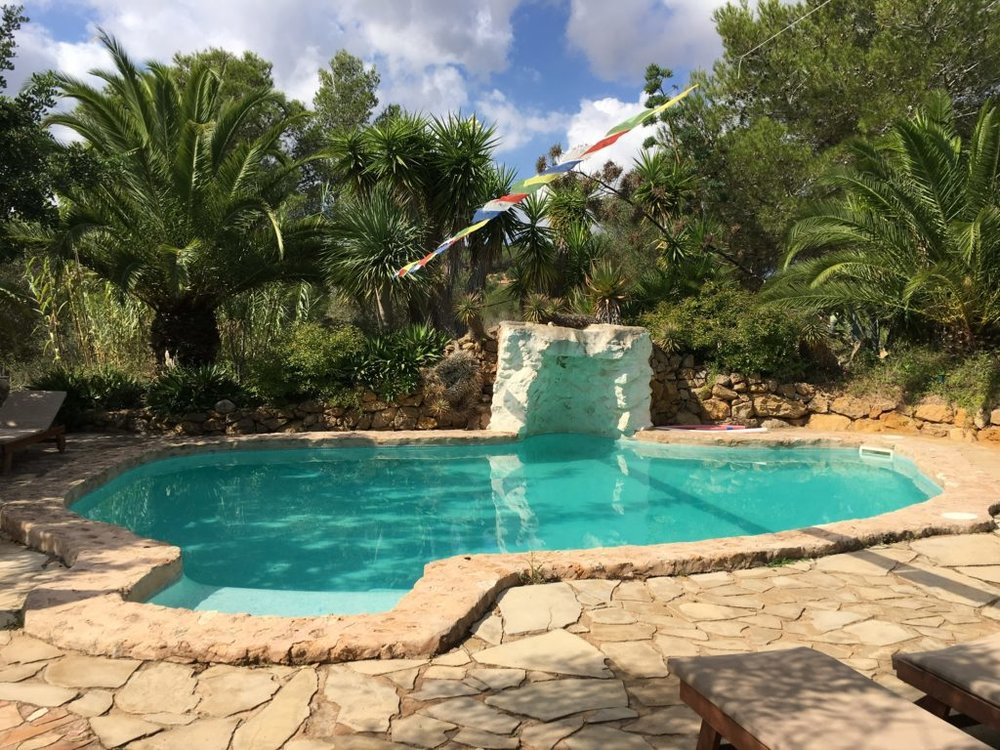 Saskia_Schreiber_Retreat_Ibiza_Pool-1024x768.jpg