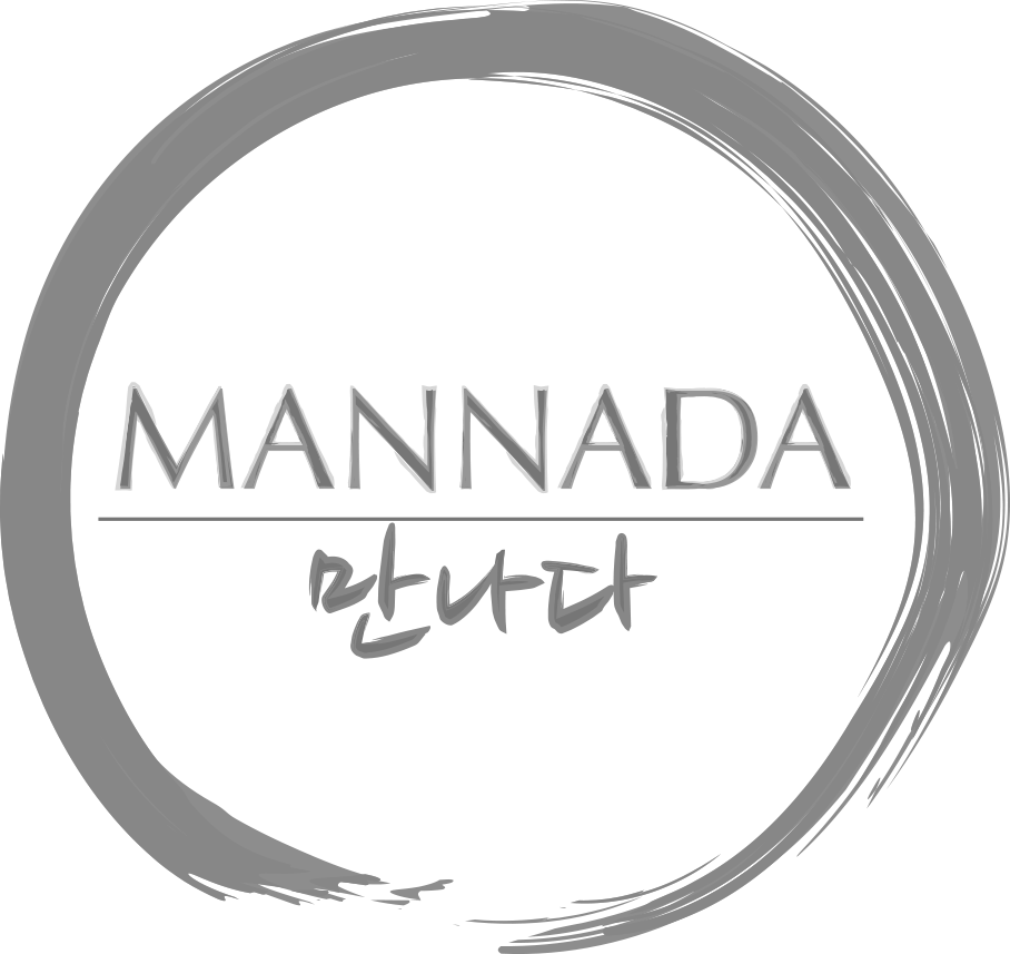 Mannada Gray_logo__copy.png