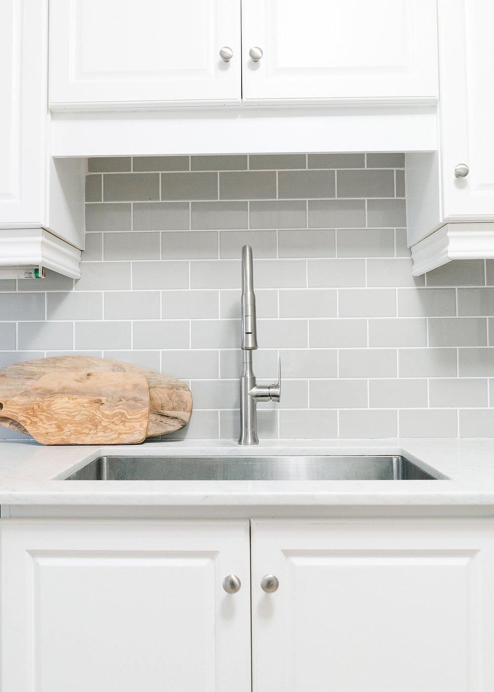 modern-farmhouse-coastal-kitchen_0014.jpg