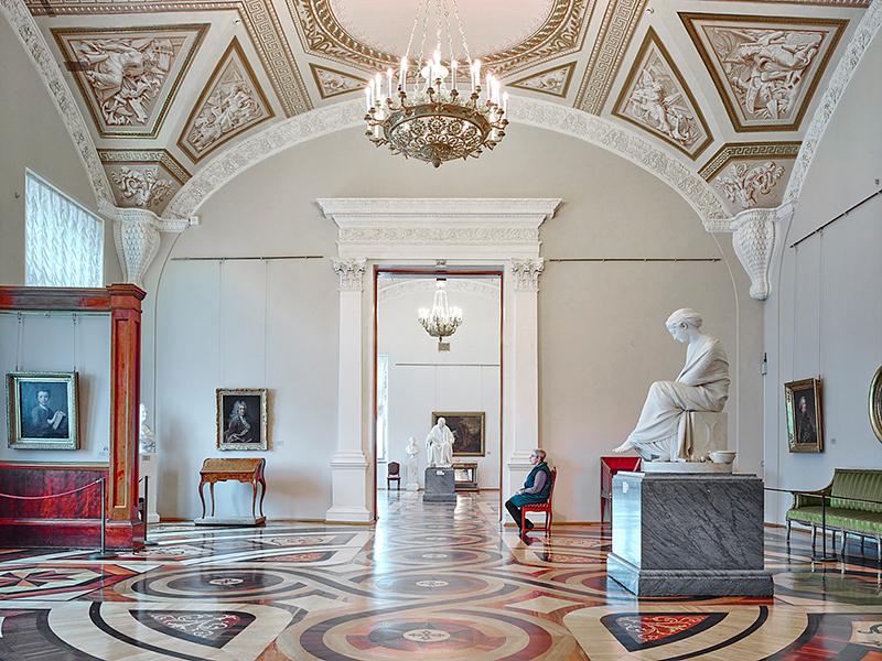 Docet, Room 286, Hermitage, 2015