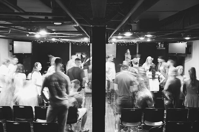 This community looks a whole lot better with YOU in it! Praying and expecting an awesome family night of worship and God's Word. Also, v excited to start a new series!! See you at 7, and bring a friend! ❤️🤗 #edensc #jesus #youngadults
