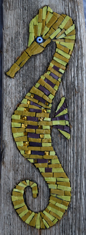Seahorse in Driftwood (Smalti, Gold Smalti,  Millefiori)