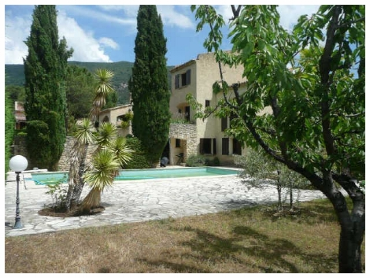 Holiday Rental Drôme Provence heated pool