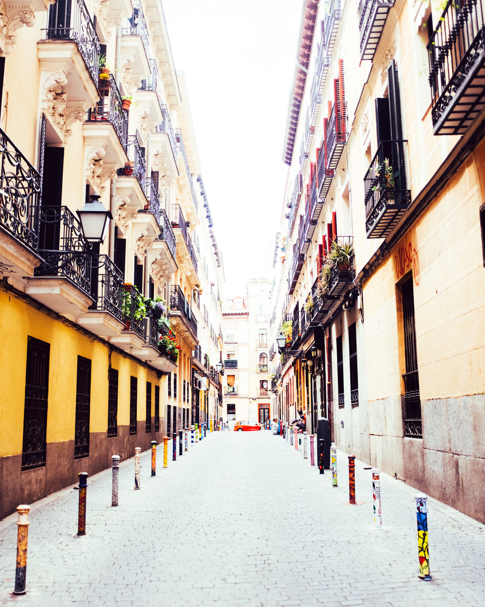 Be prepared to walk to discover all the small streets of Madrid