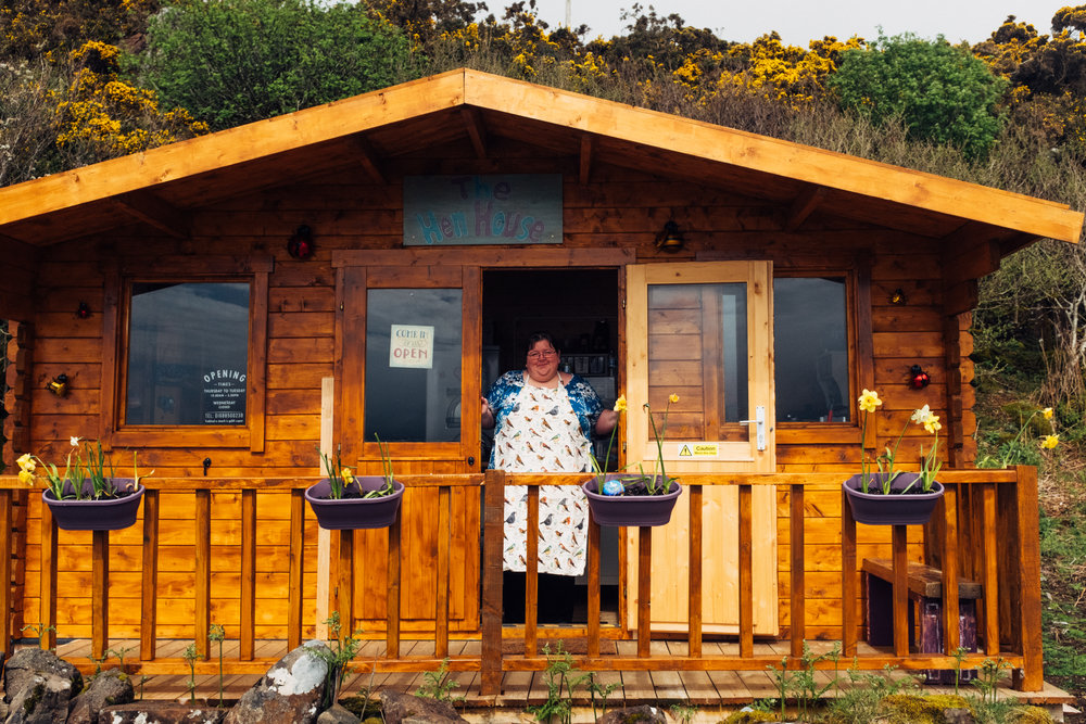 The Hen House, a miracle to feed hungry travelers on the road of Isle of Mull