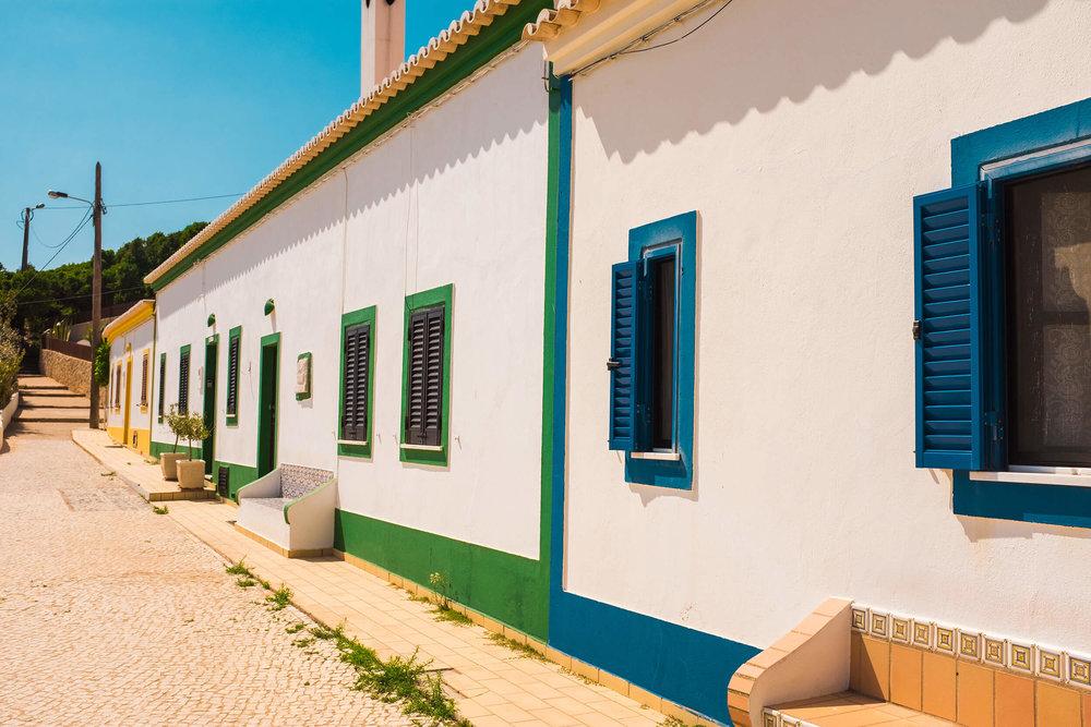 Houses around Benagil beach