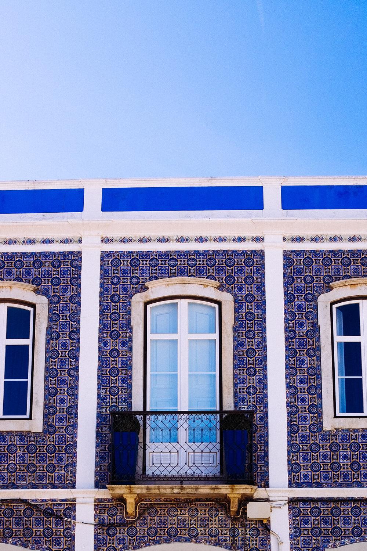 Lagos houses