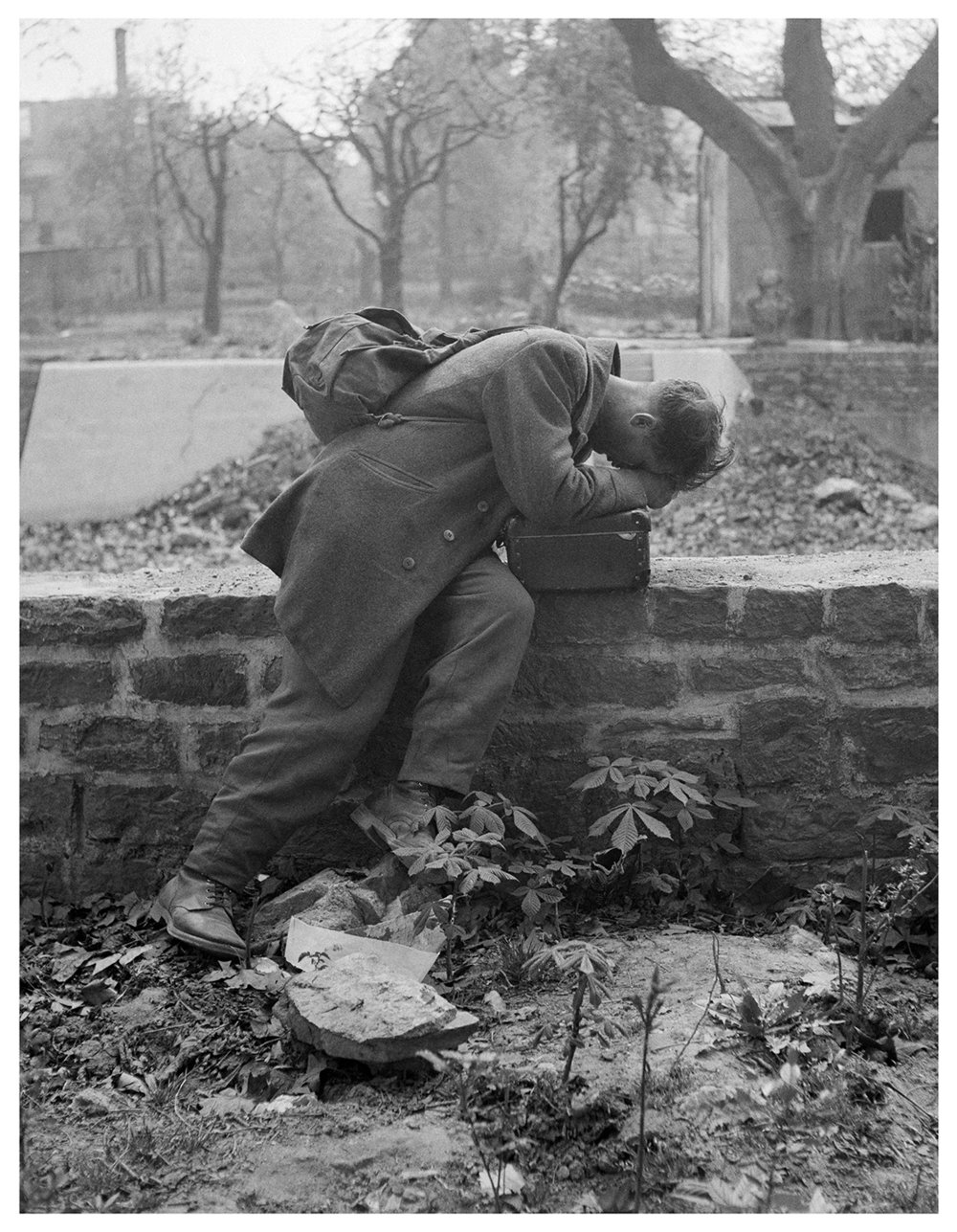 Tony Vaccaro,  Defeated Soldier,  1947. Courtesy of Tony Vaccaro/Getty Images Gallery and Monroe Gallery of Photography