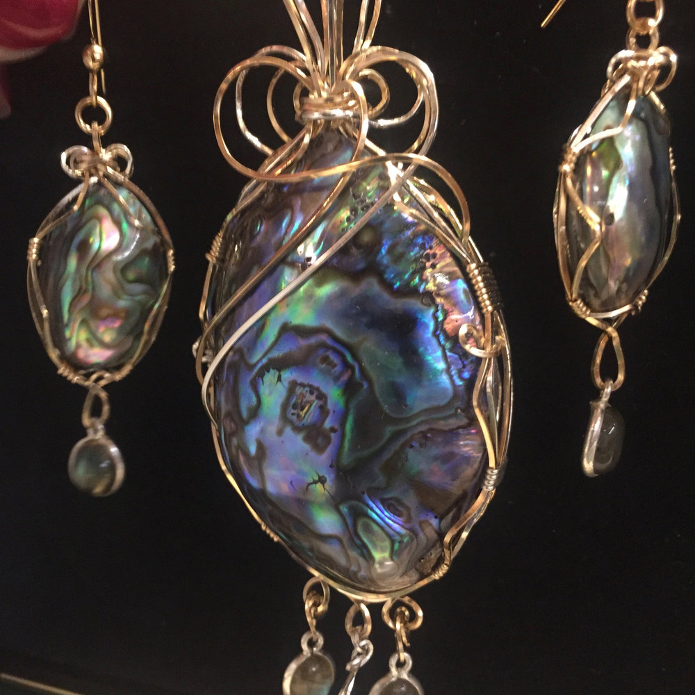 Wire wrapped Paua Shell pendant and earrings