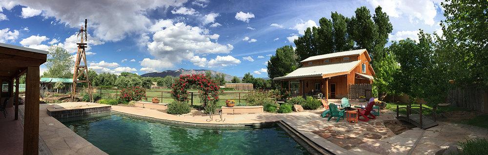 WHL-pool-barnS.jpg