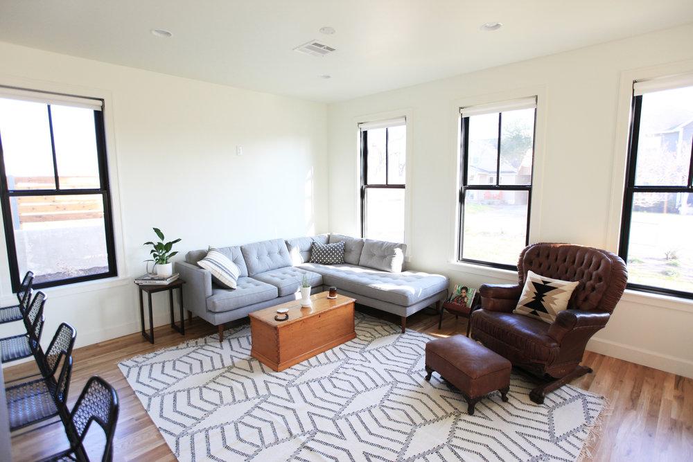 2106_livingroom_01.jpg