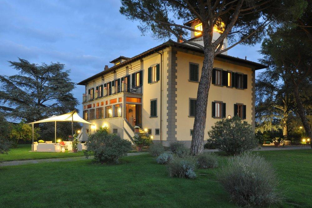 4a-vineyard-suite-villa-franschhoek-1200x800.jpg