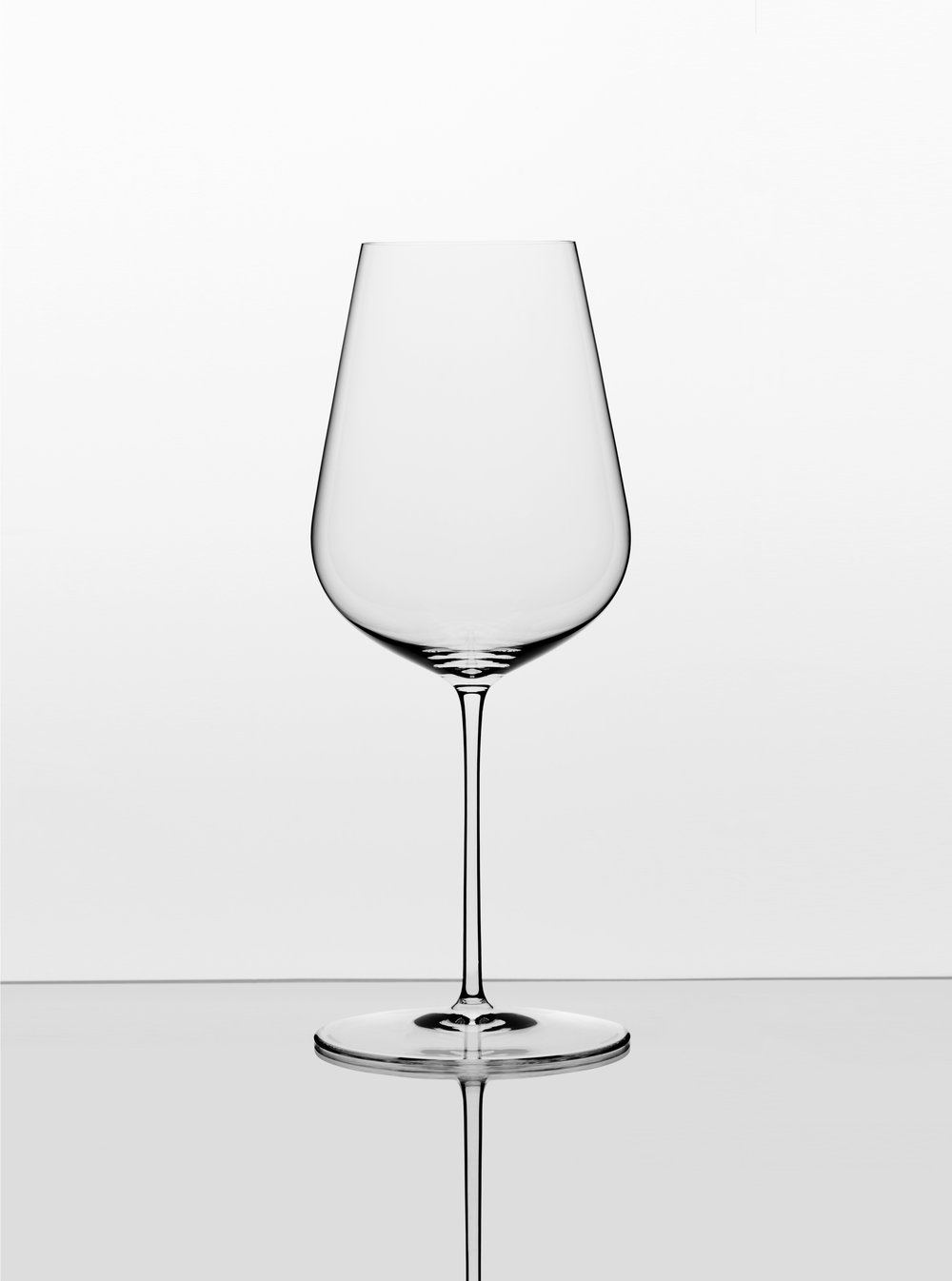 "The Wine Glass. - The only stemmed glass you will need to enjoy every wine at its best.Use this glass for every wine, whatever its colour, including sparkling wine, port, sherry, sweet wines and anything else you want to savour and enjoy to the fullest.This shape has been specially designed to maximise your enjoyment of all wines' aromas, flavours and textures in the most practical way possible.""This glass shatters the biggest myth about wine""- Fast Company Magazine"