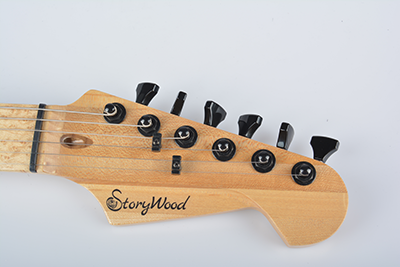 StoryWood-maple-headstock.png