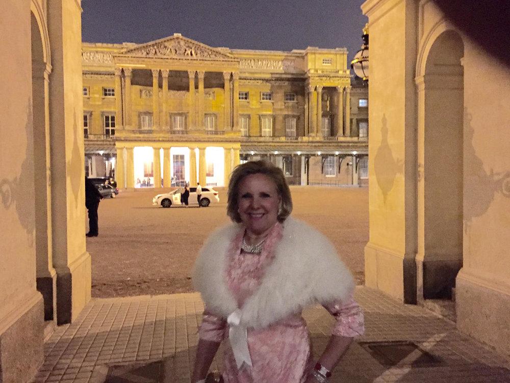 Buckingham-Palace-2.jpg