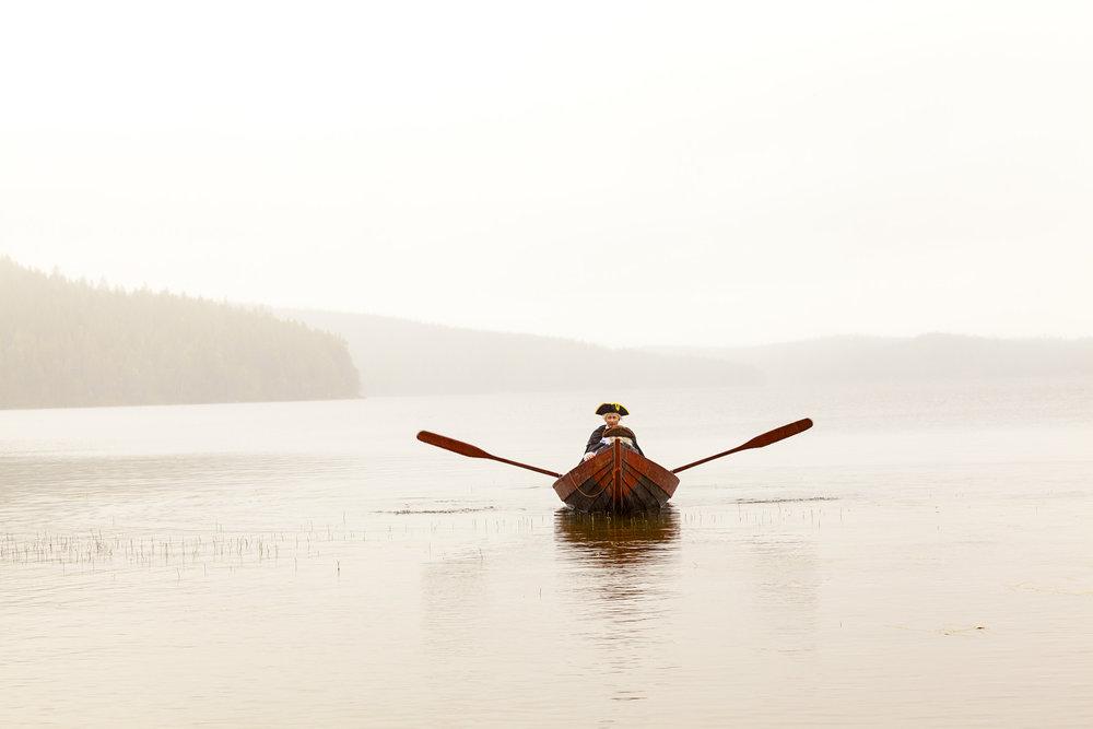 Maupertuis et Celsius rement sur le lac Ajanki.jpg