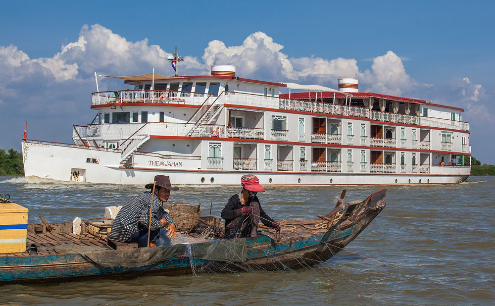 Cruise the tonle
