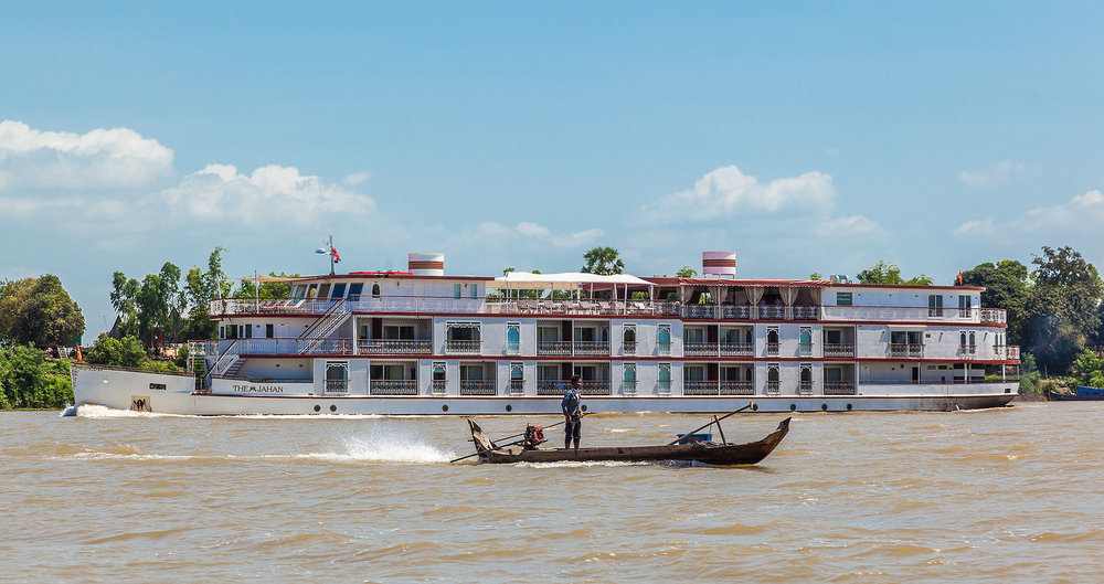 Cruising the Tonle Sap