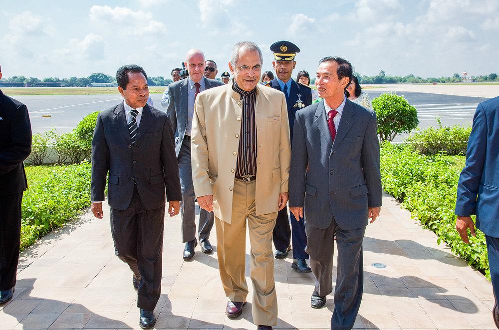 H.E. Prime Minister Jose Ramos Horta, Pochentong Airport Phnom Penh Bridges Int. Peace Foundation