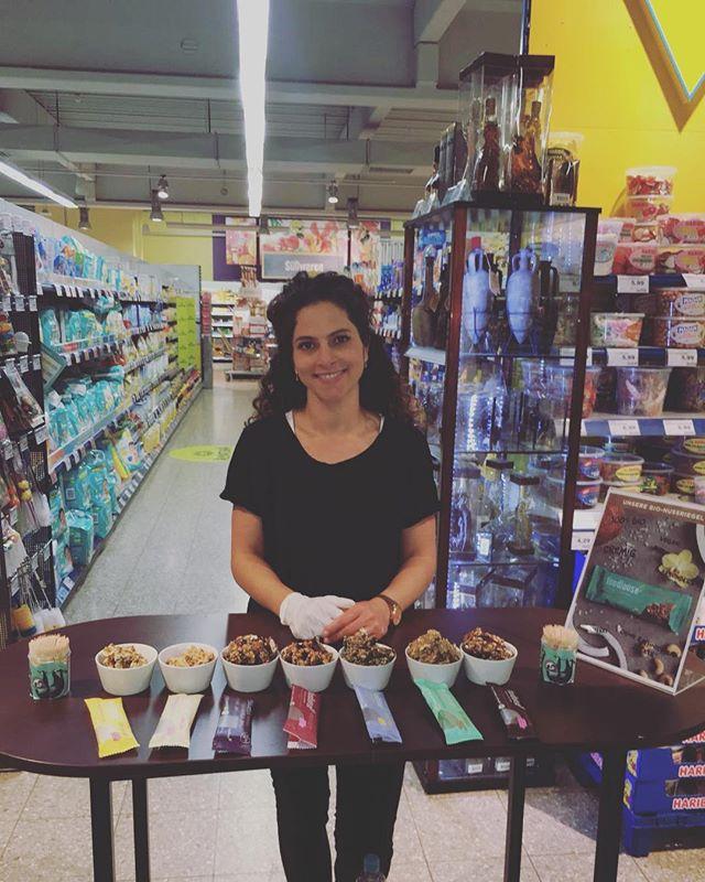|Werbung - Seitenmarkierungen| Verkostung & Promotion für Foodloose im EDEKA Center in Walsrode  #foodloose #snack #vegan #glutenfree #bio #walsrode #edeka #foodie #eatclean #healthylifestyle #delicious #linipromotion
