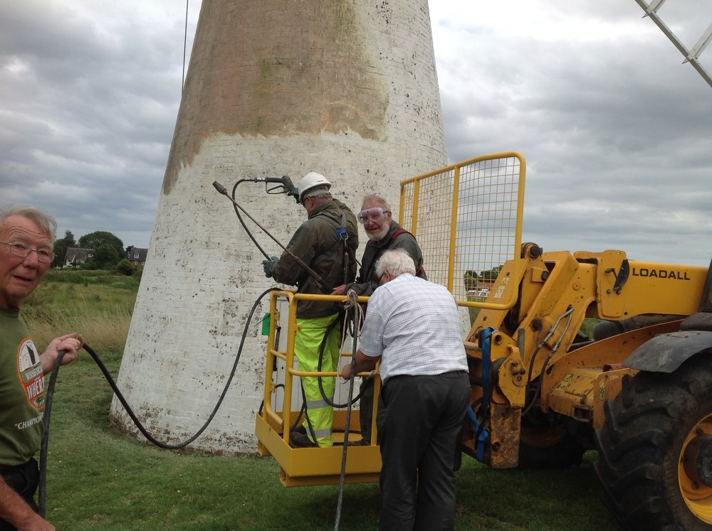 thurne_windmill_being_restored