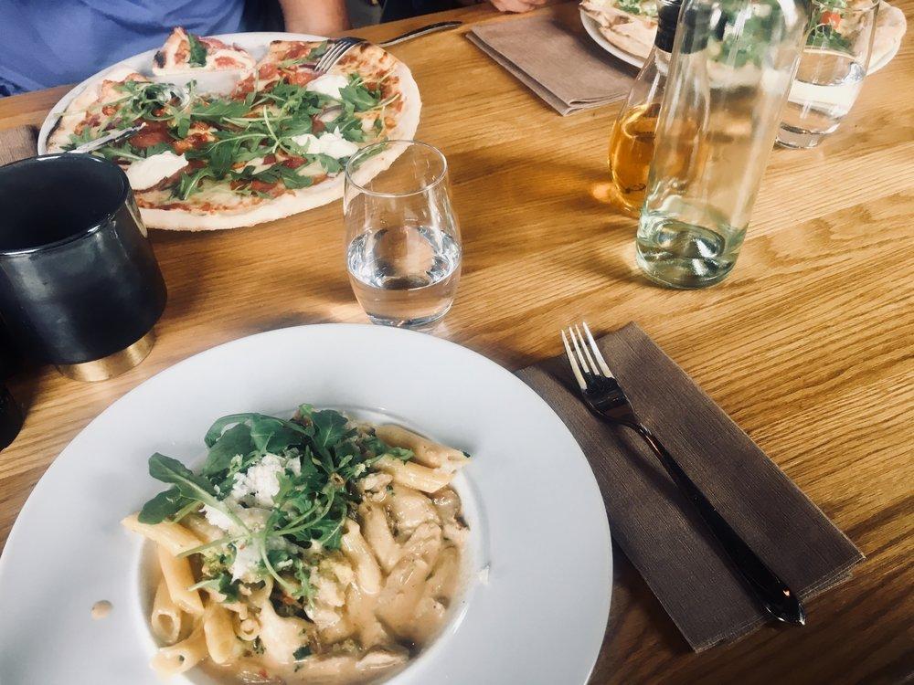 ekerö+restaurang+cantina+italiensk