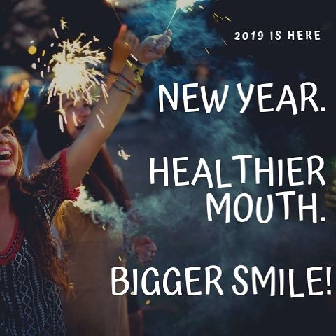 2019 IS HERE💫 Start your year off right by checking in with us. We specialize in knowing how to keep your mouth healthy. A healthy mouth encourages the confidence to smile big! • Sonríele a tu año nuevo, ven a visitarnos. Nos encargaremos en mantener tu boca sana. Una boca sana te da la confianza de sonreír!