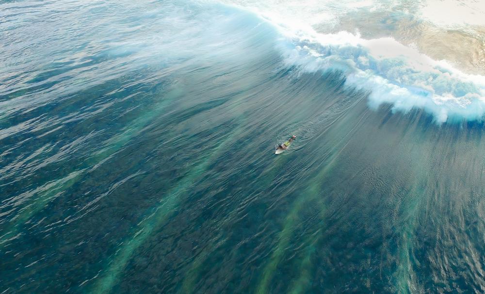 aerial-view-drone-ocean-wave-ishan-usnplash.png